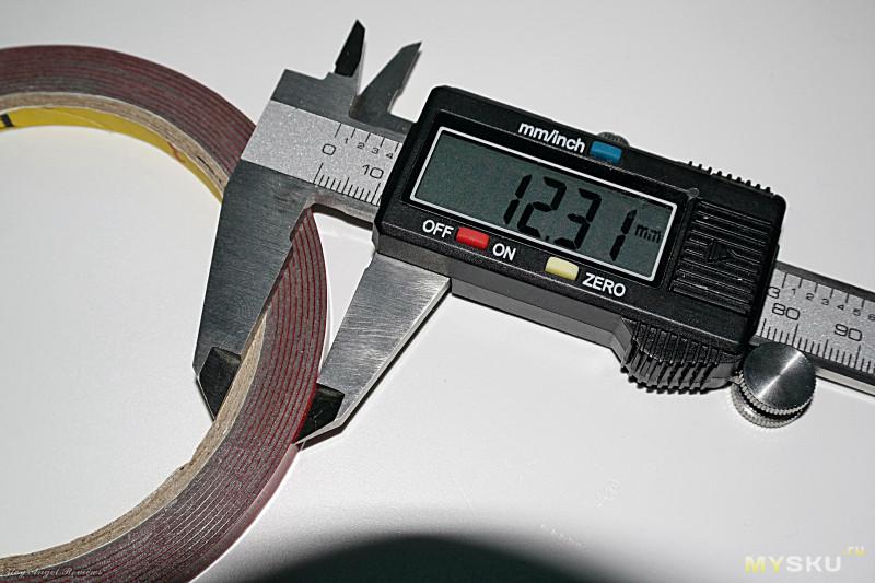 Крепкий двухсторонний скотч 3М для поделок.