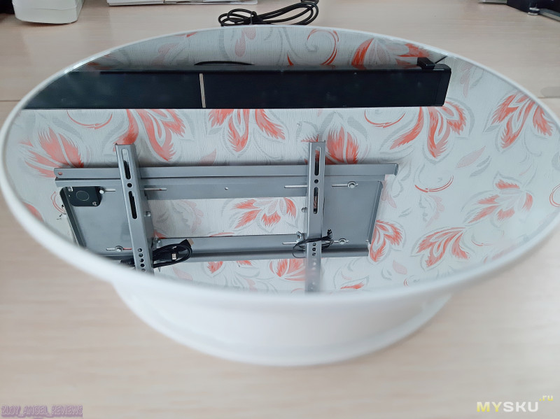 Поворотный стол для съемки вращающихся объектов