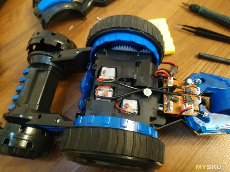 Машинка-перевертыш JJRC Q49 Acro