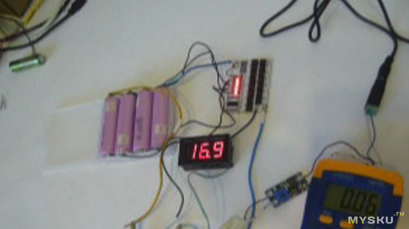 Высокотоковые  аккумуляторы и универсальная BMS в переделке шуруповерта.