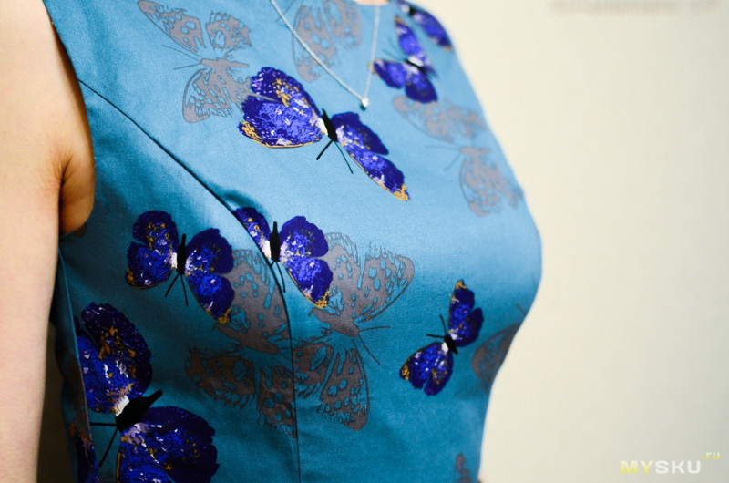 Платье с юбкой-солнце из хлопка с бабочками