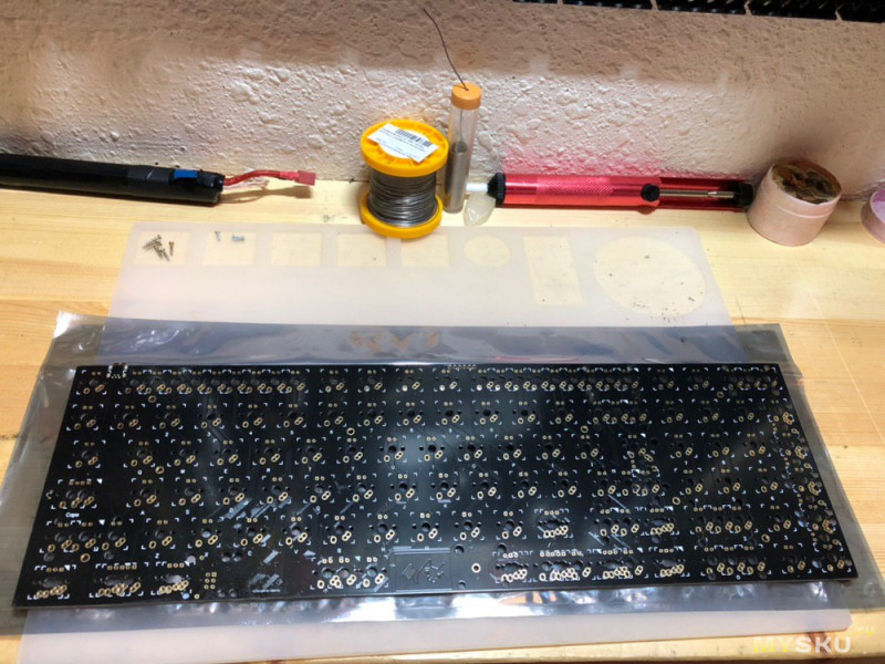 Сборка 90% механической клавиатуры XD96.