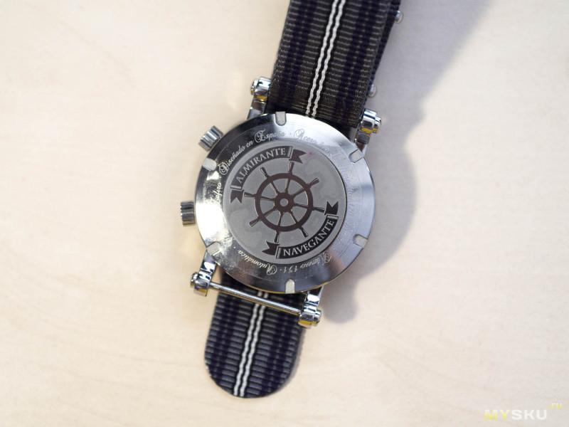 Almirante Navegante. Часовой эксперимент — дайверы с оригинальным дизайном на японском механизме.
