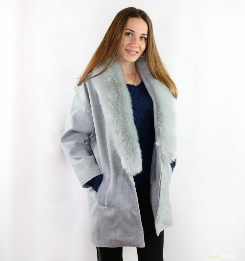 Пальто в стиле оверсайз
