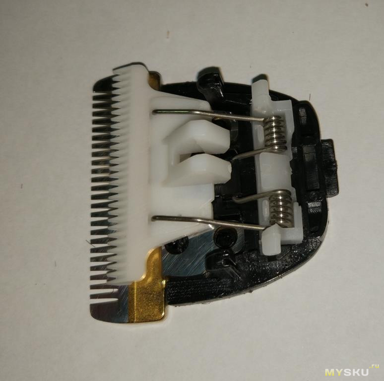 Замена лезвия в машинке для стрижки волос