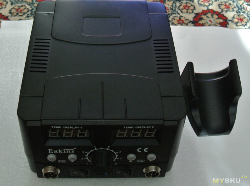 Обзор паяльной станции Eakins 8586D
