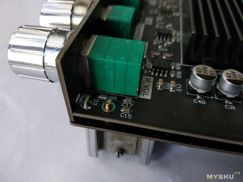 Усилитель  ZK-TB21. Быстрое устранение треска при регулировке громкости.