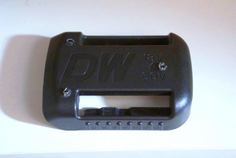 Держатели для аккумуляторов на инструмент DeWalt