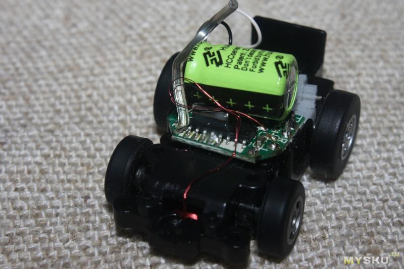 Радиоуправляемая микромашинка с пультом-браслетом и управлением по гироскопу