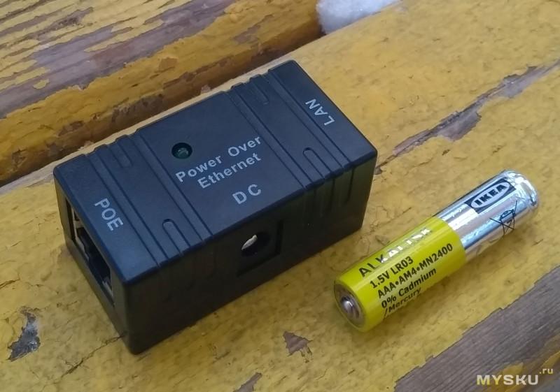 10M/100M пассивный PoE инжектор он же сплиттер - проходной конструкции, с возможностью монтажа на стену