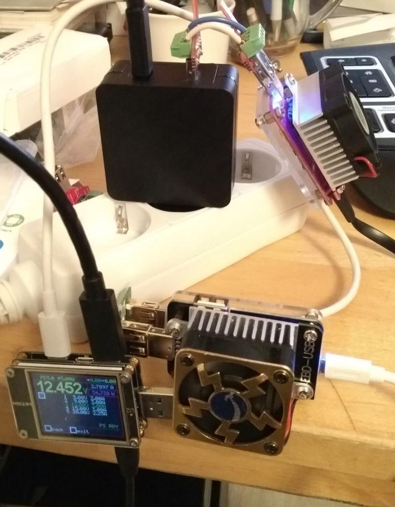 T202-45W: USB TypeC зарядное для ноутбуков и смартфонов - 45 Вт, Power Delivery 3.0, Quick Charge 3.0 + секрет :)