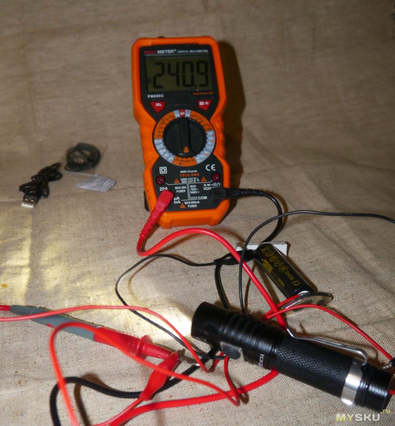 Фонарь Sofirn SC31 - небольшой фонарь на 18650 со встроенной зарядкой.