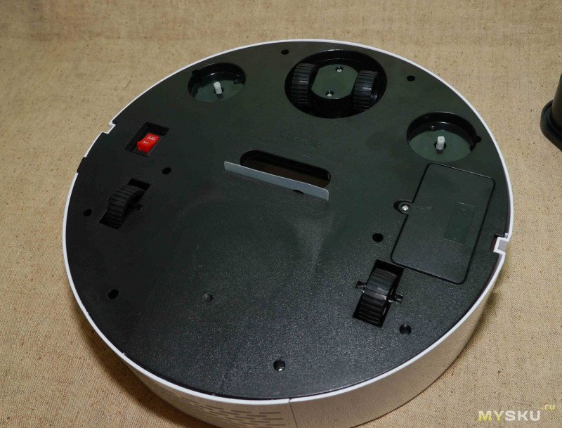 ES06 робот-пылесос, возможно даже умный...