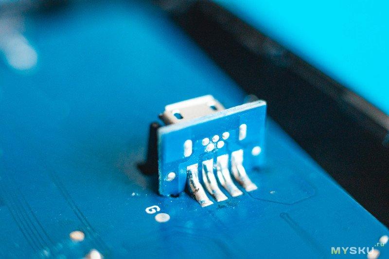 Зарядное устройство Nitecore UCN2 и опыт полугодичного использования
