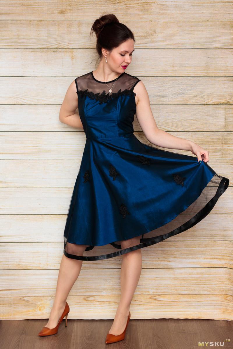 Вечернее платье синего цвета с отделкой из фатина (цена со скидкой $6.90)
