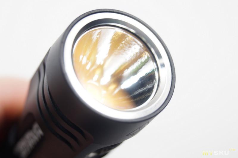 Карманный фонарик Manker U11 - короткий фотоотчет.