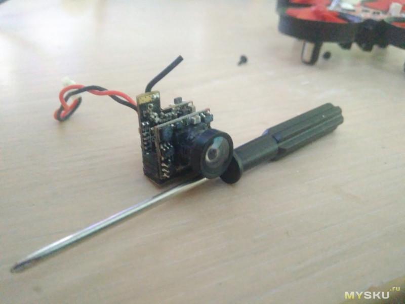 Микро Fpv квадрокоптер Eachine E013