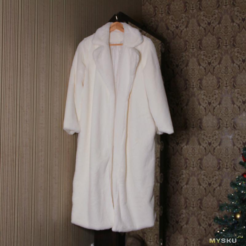 Пальто-шуба из искусственного меха