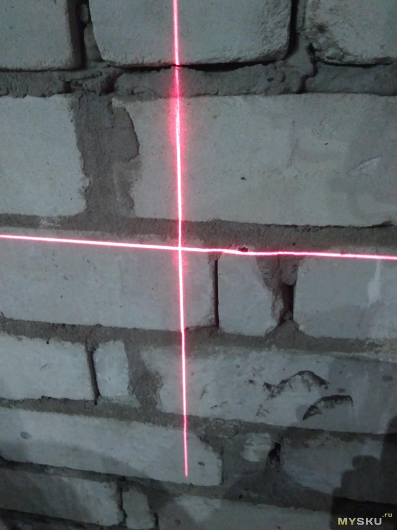 Вращающийся на 360 ° лазерный уровень нивелир