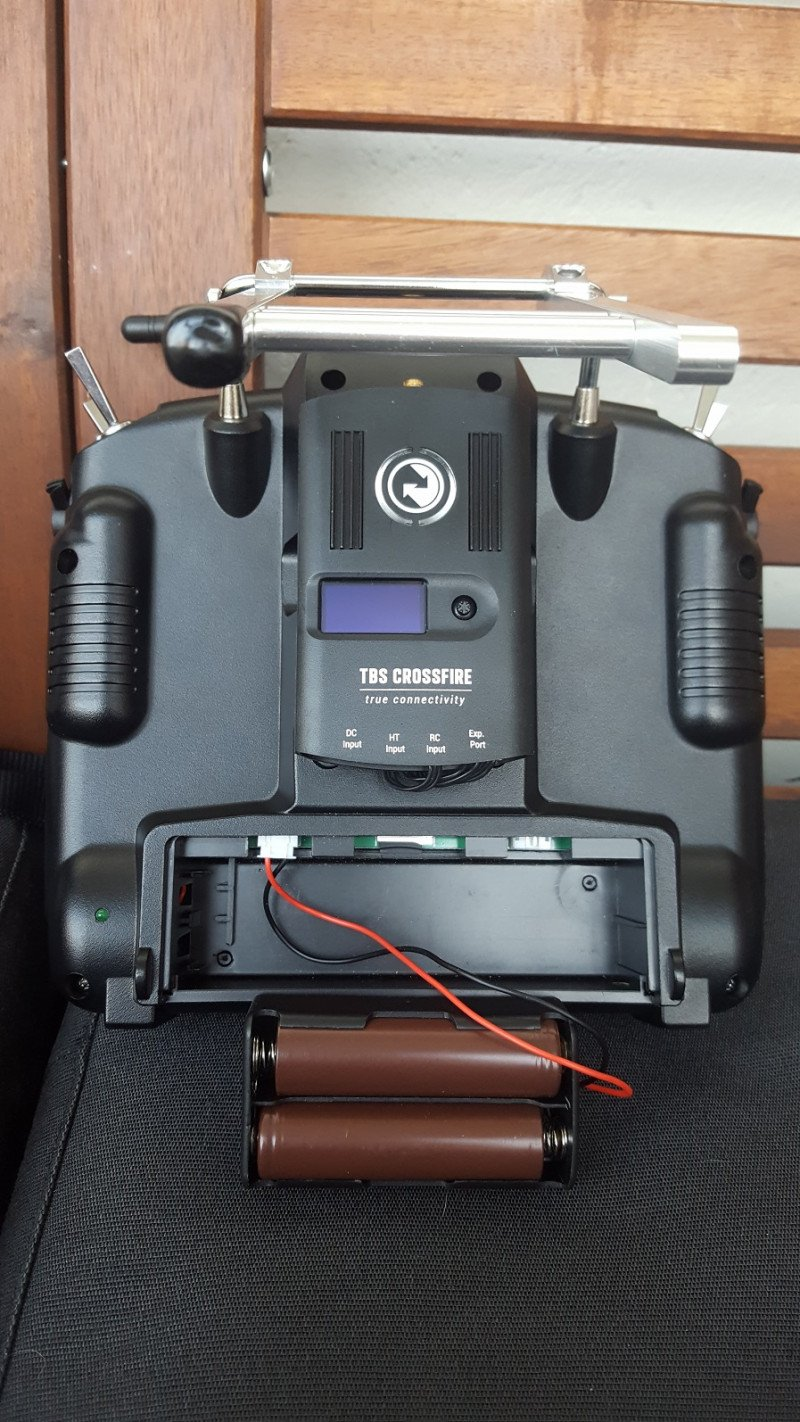 RC модели. Ставим аккумуляторы 18650 в Taranis X9D Plus