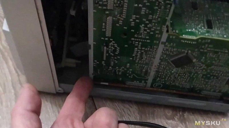 Ремонт музыкального центра Panasonic SA-AK28. Включается и сразу тухнет. ошибка F61. не сложный ремонт