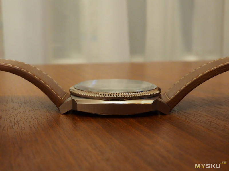 Наручные часы Bulova 96B230
