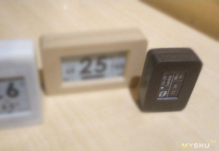 Беспроводной мини датчик температуры и влажности с E-PAPER дисплеем
