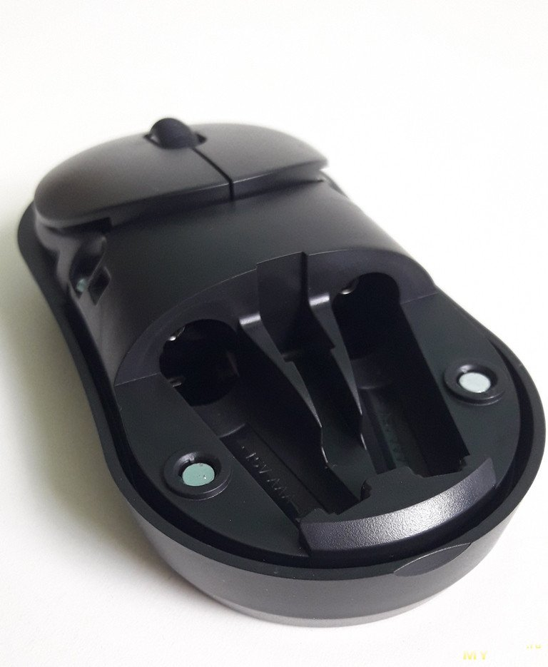 Двухрежимная беспроводная беззвучная мышь DAREU UFO