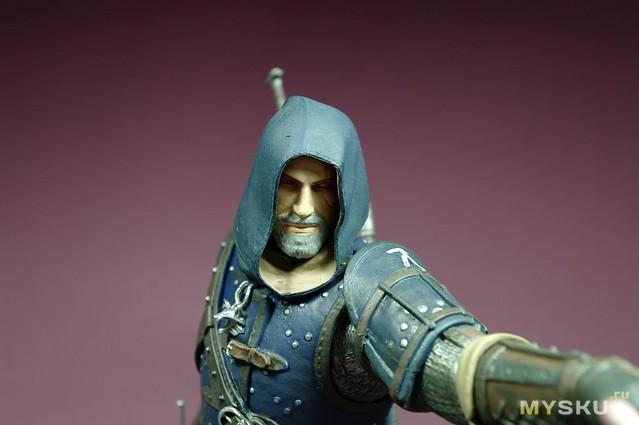 Статуэтка Witcher 3: Wild Hunt - Geralt Grandmaster Feline от компании Dark Horse