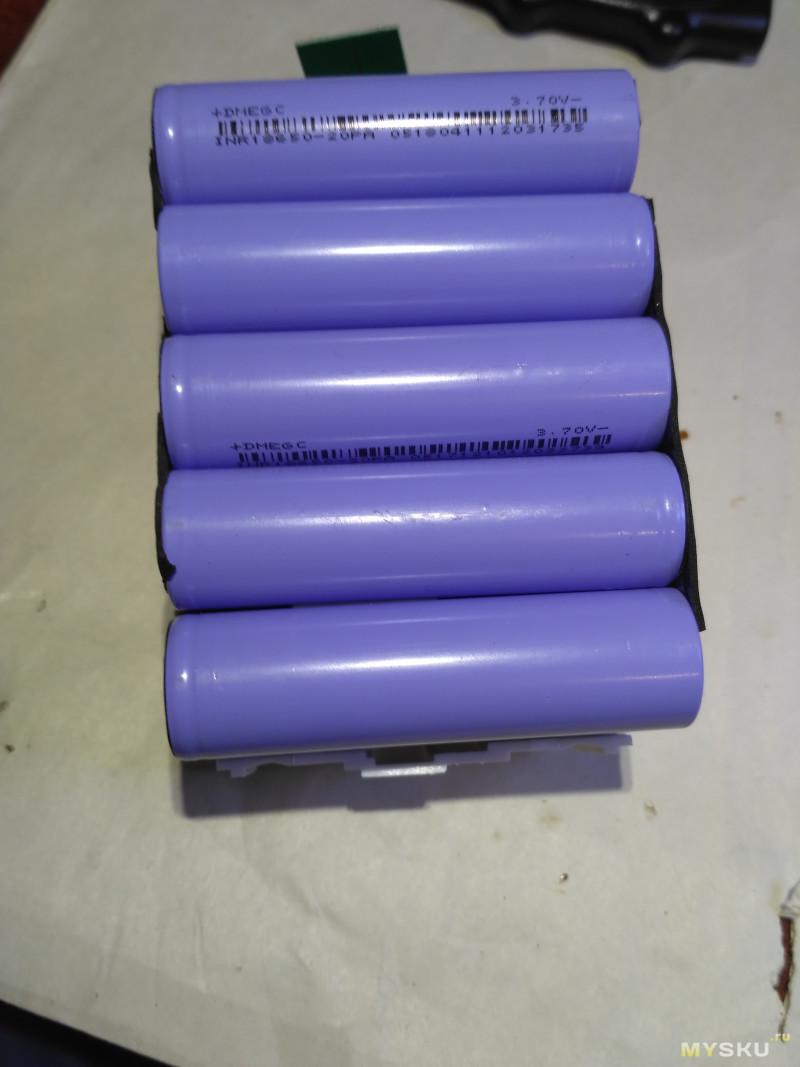 Китайский Li-Ion аккумулятор 18 В, 4.0 Ач на замену Makita BL1815/B, BL1830/B, BL1840/B, BL1850/B, BL1860/B