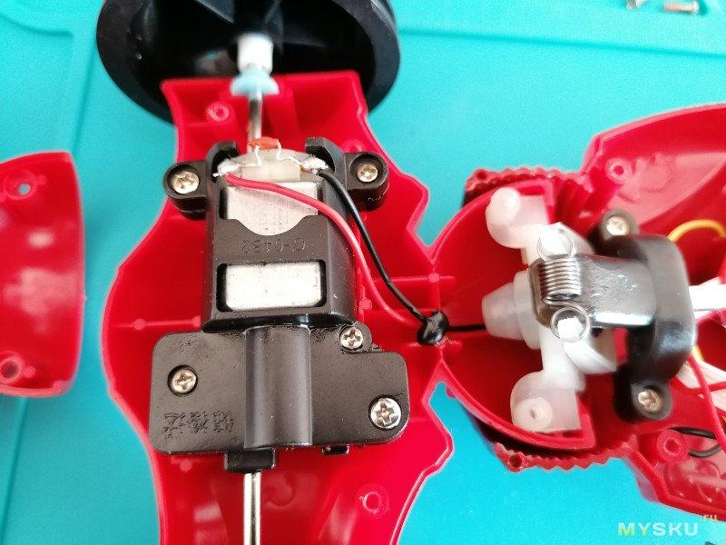 JJRC Q70 RC Радиоуправляемая машинка перевертыш, 2,4 ГГц 4WD 1:16