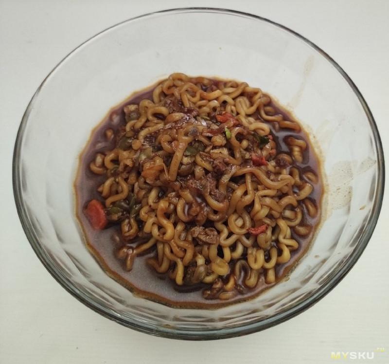 Острая лапша Samyang со вкусом курицы Джаджан